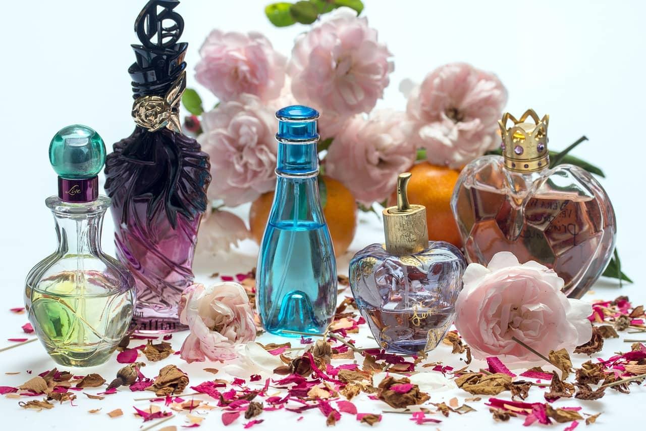 Czy warto kupować markowe perfumy?